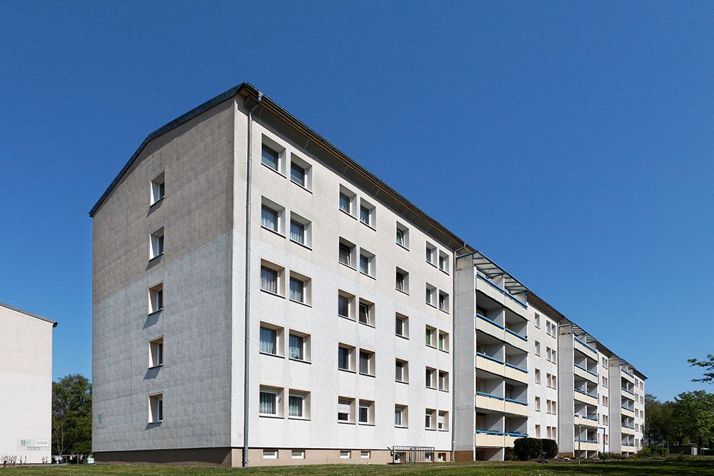 Plutostraße 4